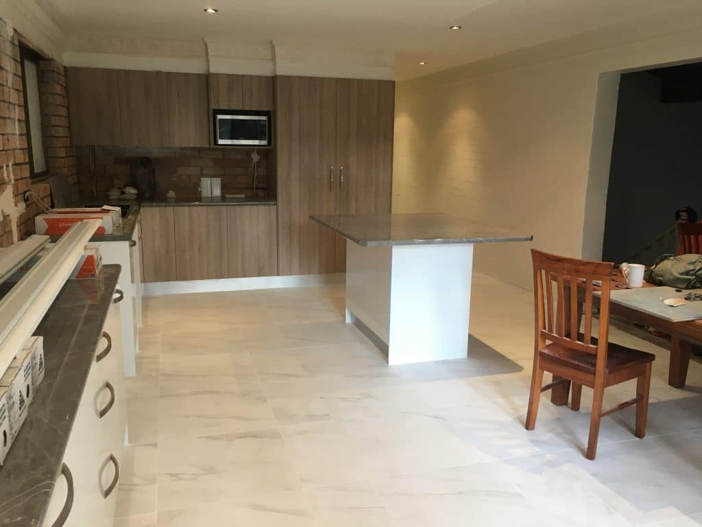 Budget kitchens maitland and newcastle for Budget kitchens